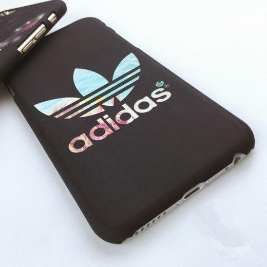 Handyhöle Adidas Bild
